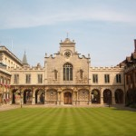 Cambridge_Peterhouse_OldCourt